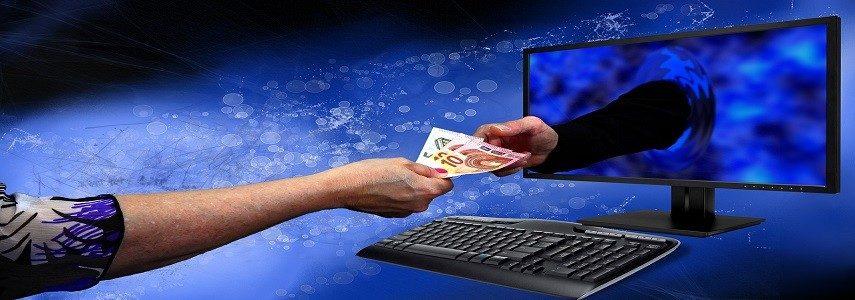 rahaa tietokoneen näytöstä