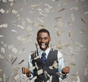 mies-voittaa-rahaa